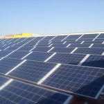 Ahorrar en la factura de la luz y formar parte de una cooperativa para consumir energía limpia