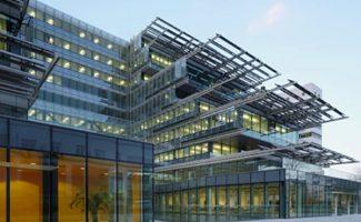 Eficiencia energética, renovables y rehabilitación en edificios de la Administración pública, con Tragsa y CENER