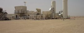 Una planta de separación de gas y petróleo en el desierto de Libia utiliza electricidad de un generador de WEG