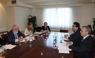 Acogen se reúne con Arias Cañete y le pide que vigile la aplicación de la directiva de eficiencia energética
