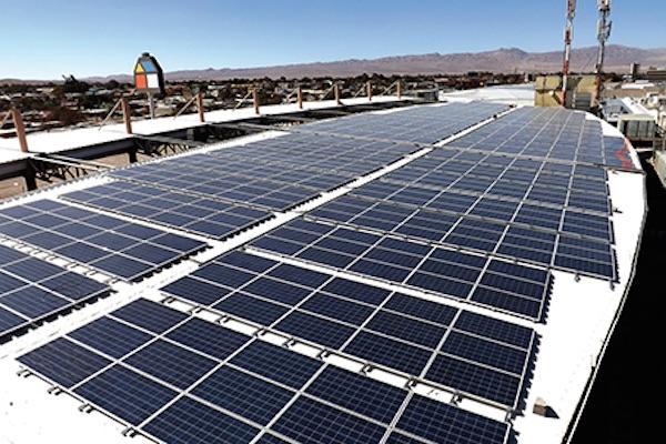 francia pondr paneles fotovoltaicos en edificios On tejados franceses