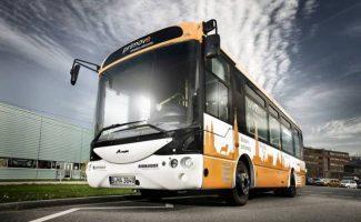 Escandinavia estrena su primera línea de autobuses eléctricos de carga inductiva