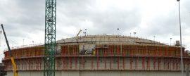 DF completa el izado de la cúpula del tanque de GNL en Zeebruge, en Bélgica