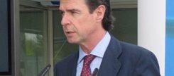 Soria avisa de nuevos recortes en la reforma energética de junio