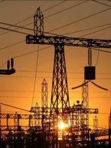 La industria energética, el quinto sector económico con peor valoración