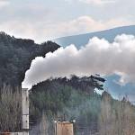 Descubren un método para convertir CO2 industrial en electricidad