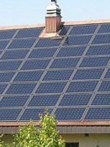 Un tejado solar, la primera sorpresa de Tesla tras comprar Solar City