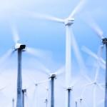 La eólica se sitúa como la primera fuente de electricidad de noviembre a abril y marca récord en mayo