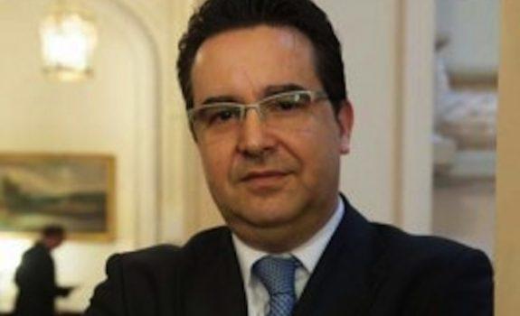 """Autoconsumo: el derecho al revés y """"los lunes al sol"""", por Javier Rodríguez de ACOGEN"""
