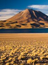 Abengoa reactiva de las obras de la planta fotovoltaica de Atacama