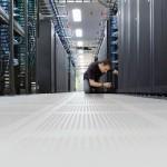 La eficiencia energética es fundamental para mantener la longevidad y el buen funcionamiento de los centros de datos