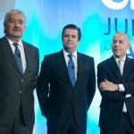 El futuro de Endesa, encorsetado a España y Portugal, incierto pese a los vítores de sus directivos