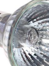 Las lámparas halógenas, a punto de desaparecer, consiguen que la UE les prorrogue hasta 2018
