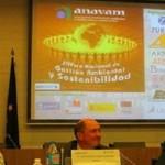 El sector empresarial y el sector público debaten sobre una buena gestión medioambiental en España