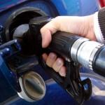 El efecto pluma y el efecto cohete de los precios de la gasolina… ¿cuándo caerá la pluma en España?
