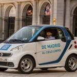 Los 32 millones de vehículos que ruedan por España tendrán una pegatina distinta según su grado de contaminación potencial