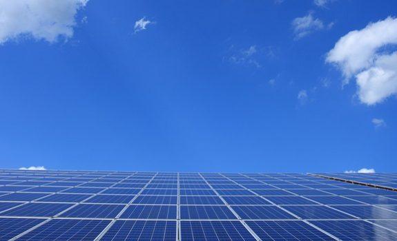 Se suceden las firmas de acuerdos PPA para plantas fotovoltaicas en la península ibérica