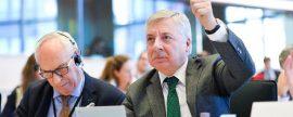 El Parlamento Europeo se reafirma en el 35% de renovables y el no al impuesto al sol