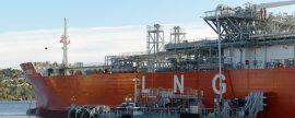 Primer sistema flotante de transferencia de GNL Ship to Shore del mundo