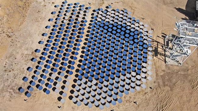 La tecnología termo solar concentrada no es nueva, pero no se había conseguido superar una temperatura de más de 565 grados.
