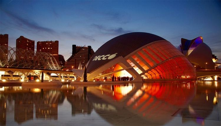 Valencia tiene experiencia en el ahorro que supone el alumbrado de alta eficiencia energética.