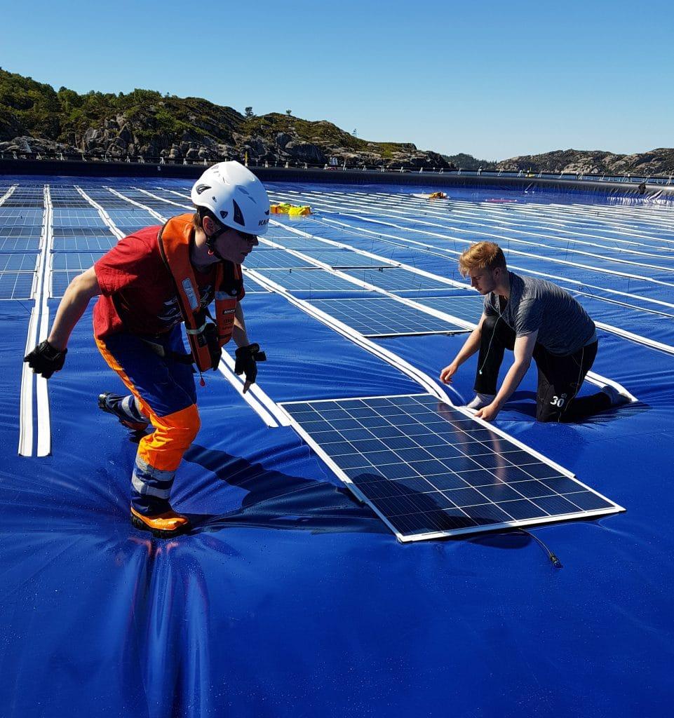 Energía solar flotante