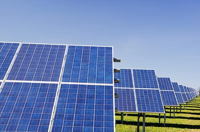 """La UNEF espera seguir viendo """"un crecimiento importante del sector, en el orden de 3000 – 4000 MW anuales""""."""