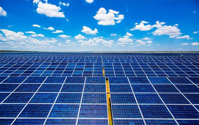 Proyecto Tamesol (Hungría). Foto: Renewables Now.