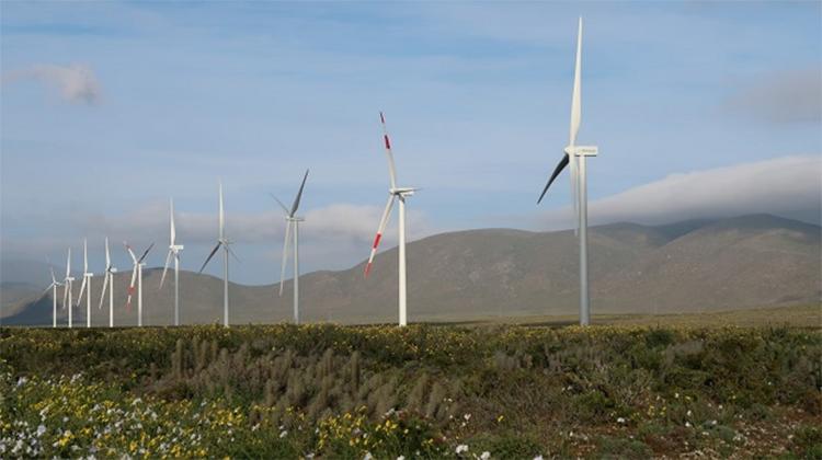 Cabo Leonés I, en el desierto de Atacama, del Grupo Ibereólica de Renovables.