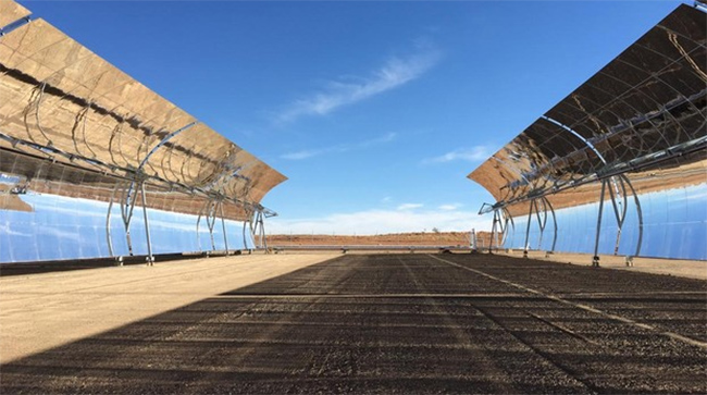 Planta termosolar Xina Solar One. Sudáfrica. Foto: ABC.