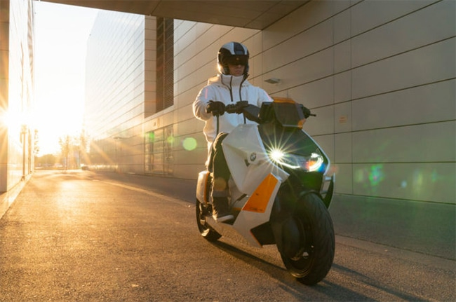 BMW Motorrad CE04